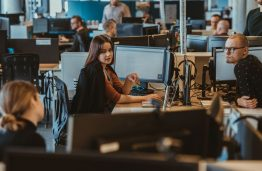Persikvalifikavimo bumas IT pasaulyje: ar iš tikrųjų taip paprasta tapti IT specialistu?